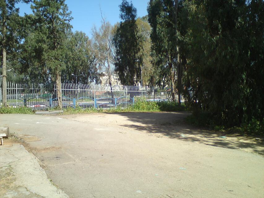 54-parking_entrance